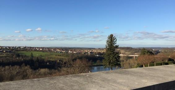 Aussicht auf den Neckar und die umliegenden Städte