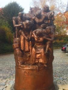 Weibertreu Denkmal